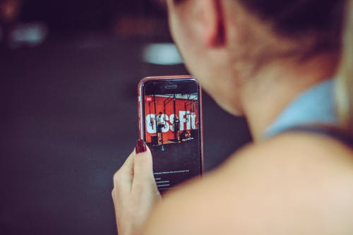 Foto d'estoc gratuïta de Crossfit, dona, en directe, gimnàs