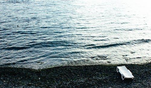 Foto stok gratis air, batu, berselancar, gelap