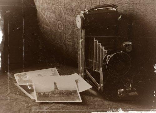 Základová fotografie zdarma na téma Analogový, dopravní systém, dospělý