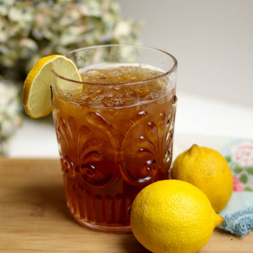 Lemon Iced Tea With Lemon Fruits