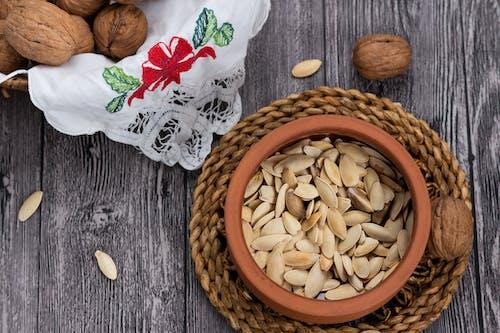 南瓜种子, 核桃, 營養, 花盆 的 免费素材照片