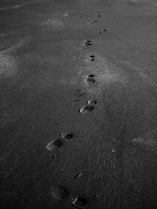 Free stock photo of black and white, footsteps, sand