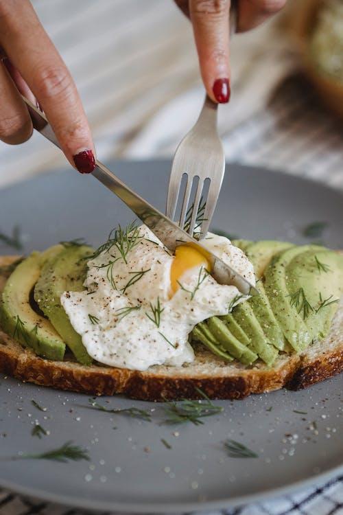 Kostnadsfri bild av ägg, aptitlig, bröd
