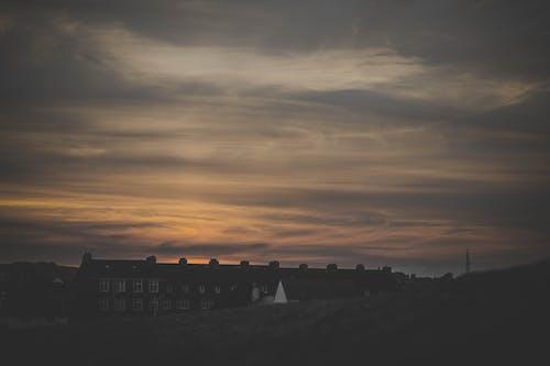Fotos de stock gratuitas de al aire libre, anochecer, arquitectura, cielo