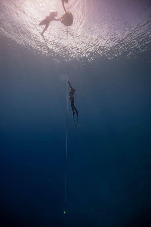 คลังภาพถ่ายฟรี ของ faceless, กลางแจ้ง, การดำน้ำลึก