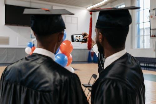 Ingyenes stockfotó aan lichtbak toevoegen, afro-amerikai, akadémiai sapka témában
