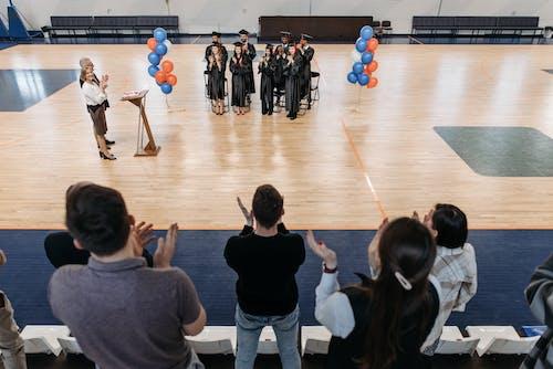 Kostnadsfri bild av applåder, avslutningsceremoni, basketplan