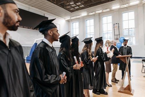 คลังภาพถ่ายฟรี ของ การสำเร็จการศึกษา, คน, ครู