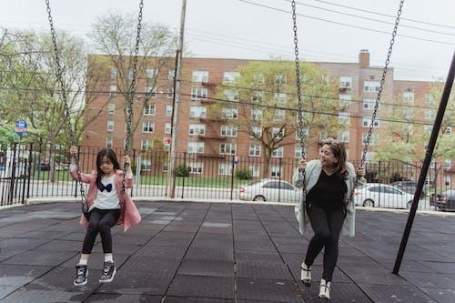 Fotos de stock gratuitas de adulto, al aire libre, calle