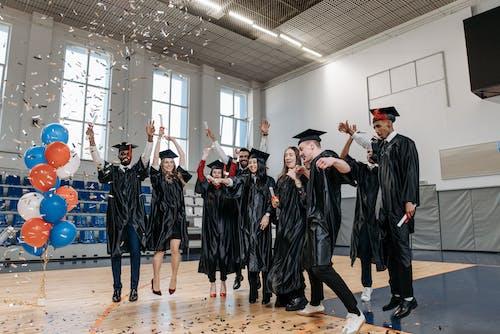 Kostnadsfri bild av alumner, ballonger, doktorand