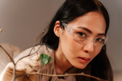Pretty Woman with Clear Eyewear