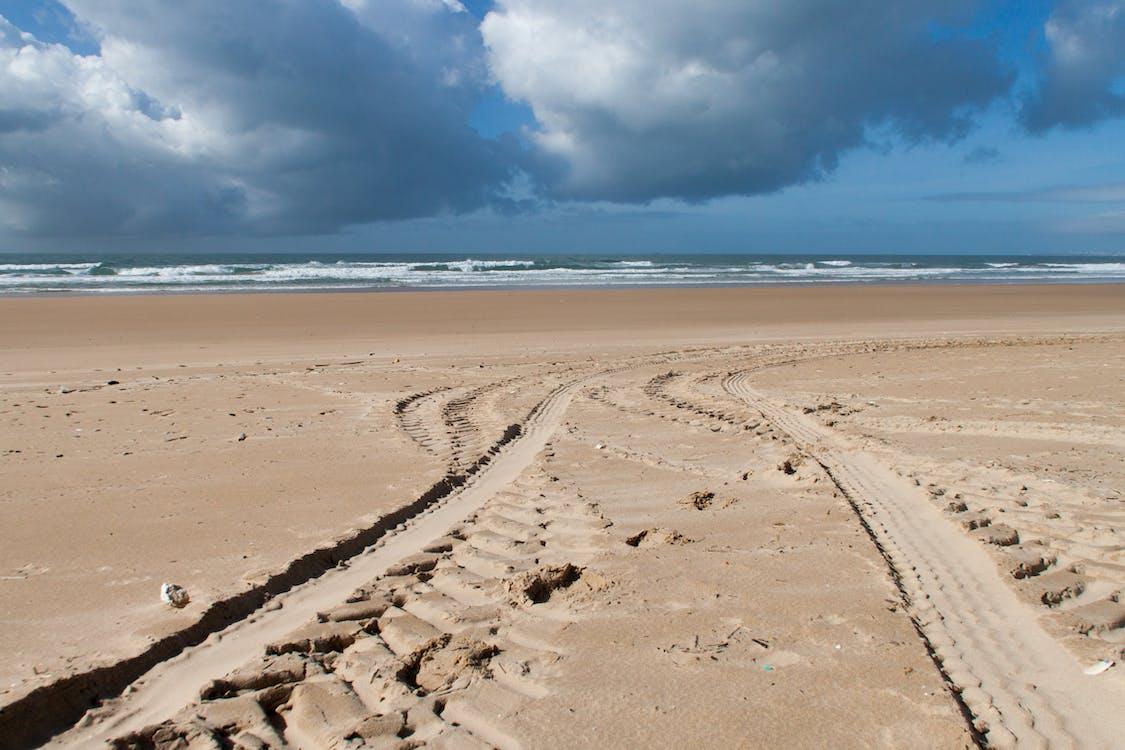 arena, camino, cielo