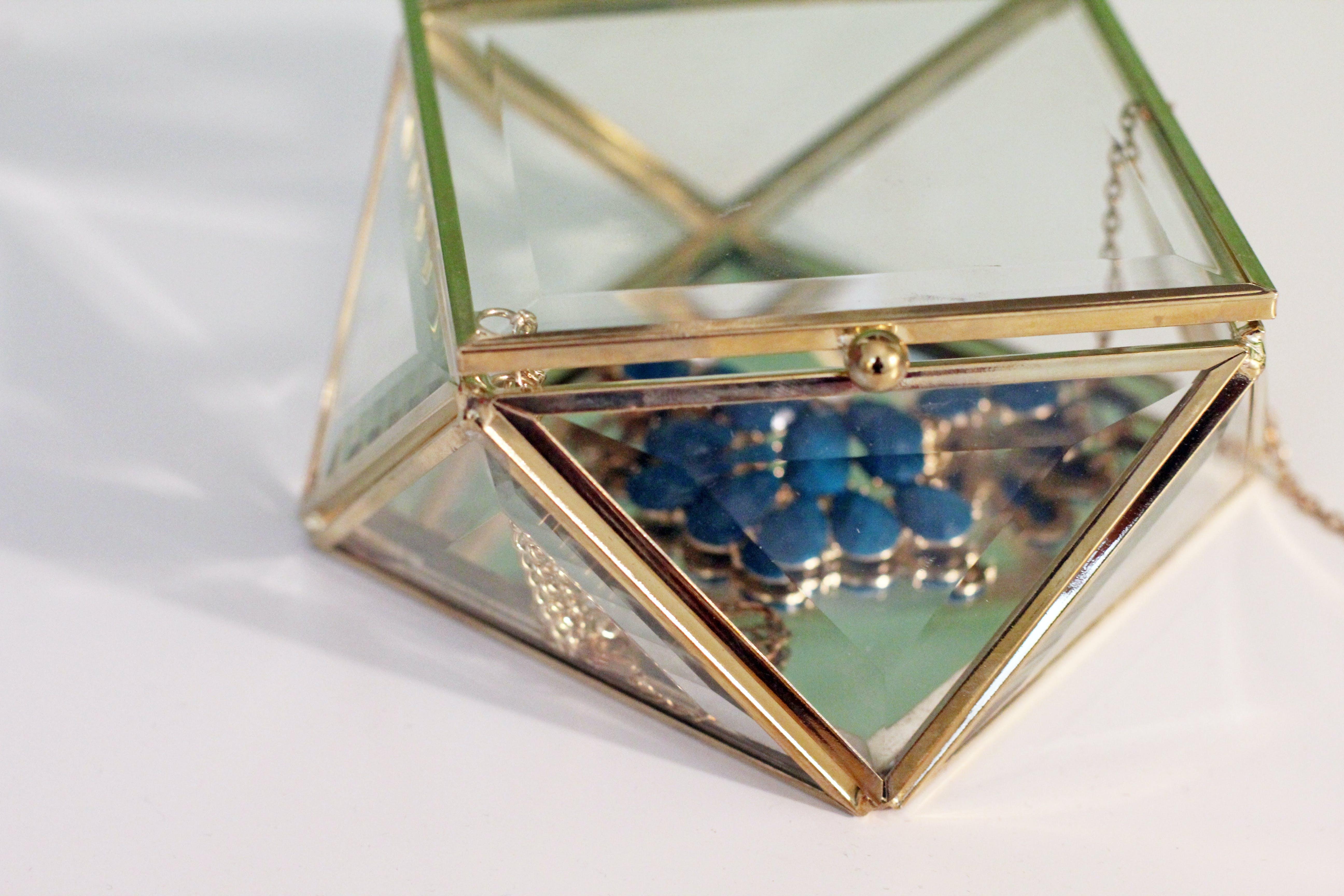 Free stock photo of accessory, gift, jewel, jewelry