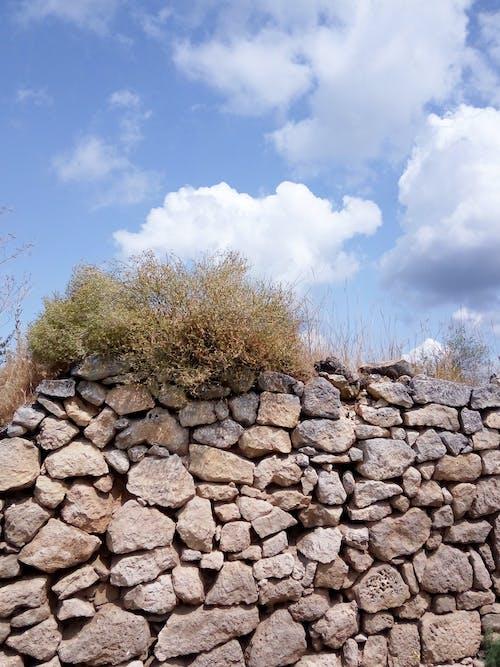 Foto stok gratis awan, batu, bebatuan, di luar ruangan