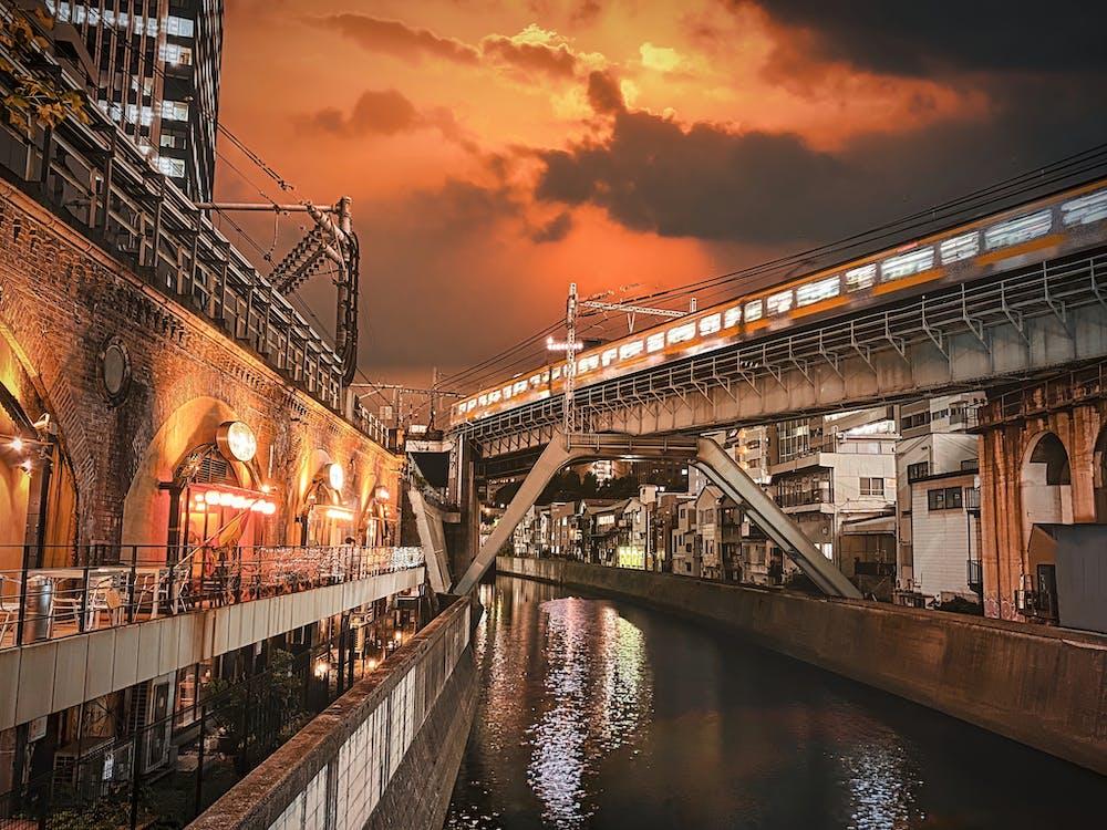 Free stock photo of canal, chiyoda city, commuter train