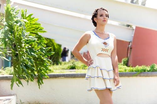 Kostenloses Stock Foto zu fashion, fokus, fotoshooting, frau