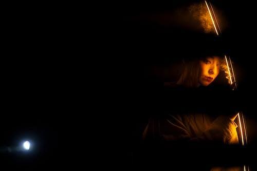 Безкоштовне стокове фото на тему «азіатська жінка, вираз обличчя, вистава»