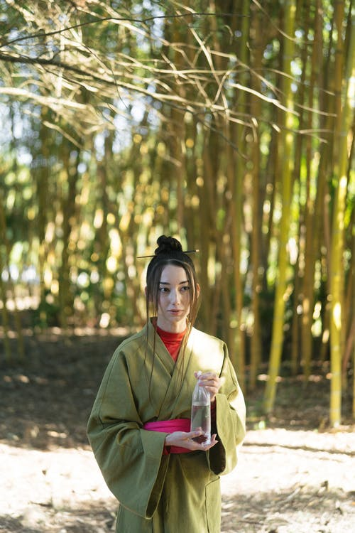 Бесплатное стоковое фото с азиатка, бамбуковые деревья, Взрослый