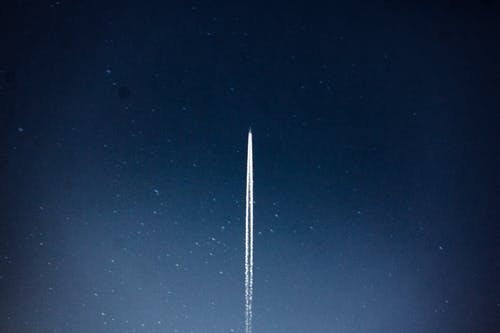 담배를 피우다, 로켓, 밤, 별의 무료 스톡 사진