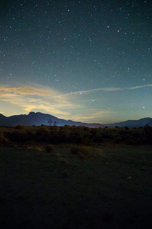 Darmowe zdjęcie z galerii z góry, gwiazdy, niebo, noc