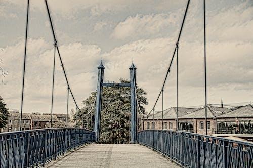 Gratis arkivbilde med bro, dragere, gangvei, jernbro