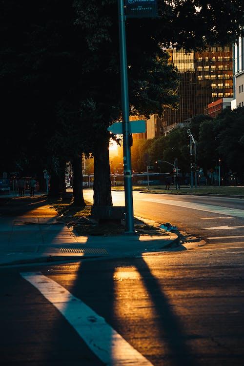 Ilmainen kuvapankkikuva tunnisteilla ajoneuvo, arkkitehtuuri, auringonlasku