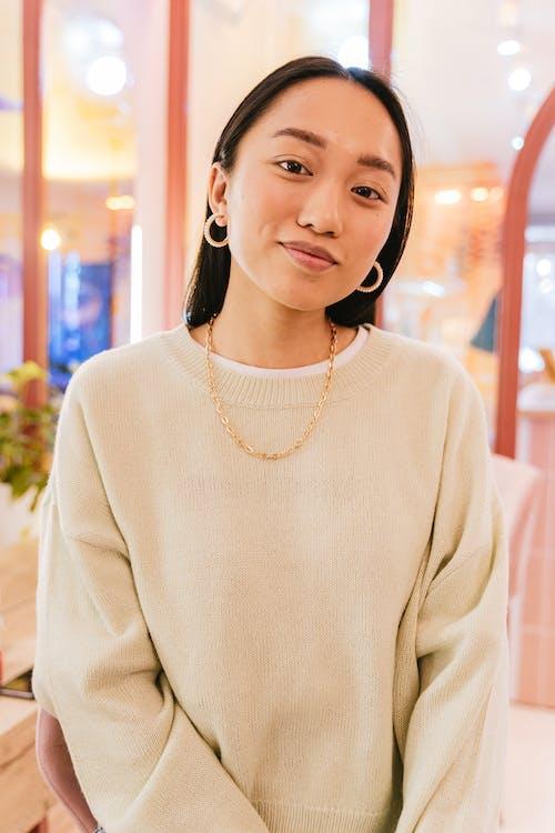 คลังภาพถ่ายฟรี ของ จิวเวลรี่, ผู้หญิงเอเชีย, ยิ้ม
