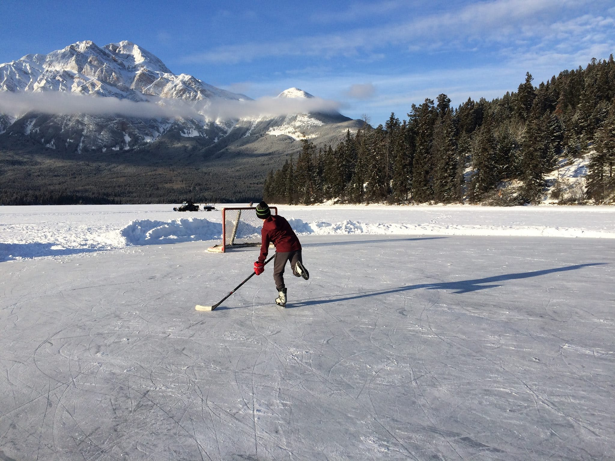 Free stock photo of ice capped mountains, ice hockey, outdoor ice hockey