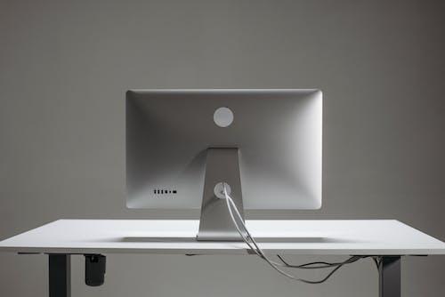 Gratis arkivbilde med apple mac, bord, datamaskin