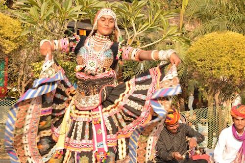 Photos gratuites de dance traditionnelle, indien, rajasthanidance, traditionnel