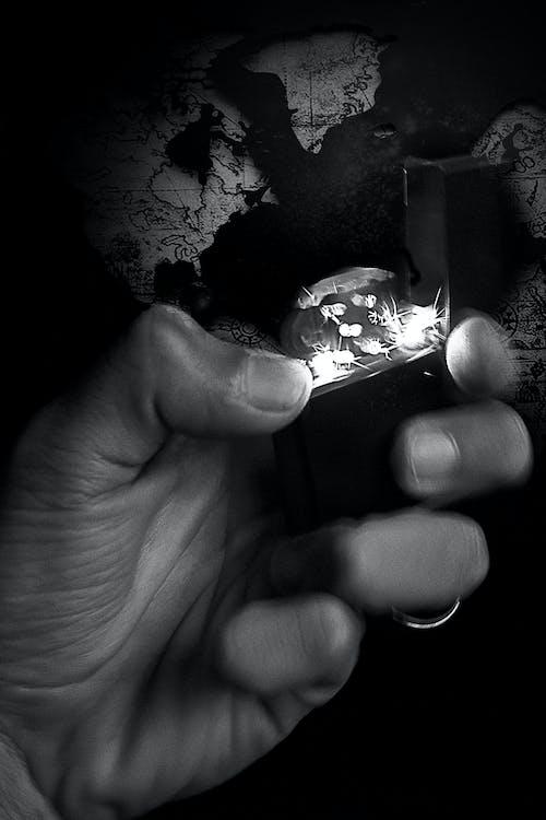 Immagine gratuita di accendino, bianco e nero, cartina geografica, esplorare