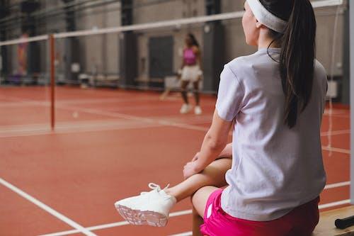 Безкоштовне стокове фото на тему «атлети, бадмінтон, вид ззаду»