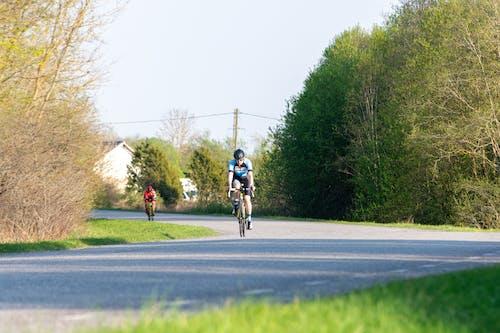 Základová fotografie zdarma na téma bikeři, cyklisté, jízda