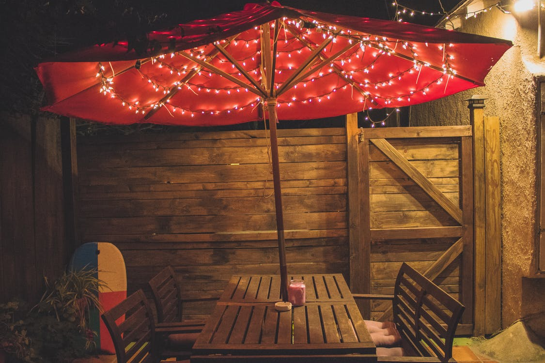 's nachts, designen, eetcafé