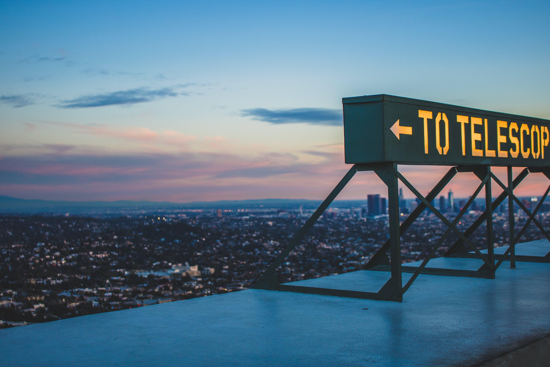 To Telescope Signage