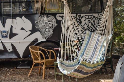 Photos gratuites de art, art urbain, balançoire, bois