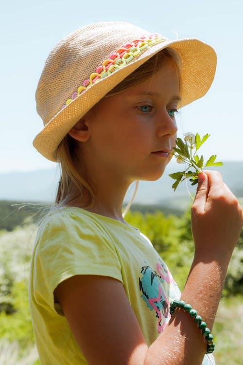 Free stock photo of beautiful flowers, beautiful girl, child