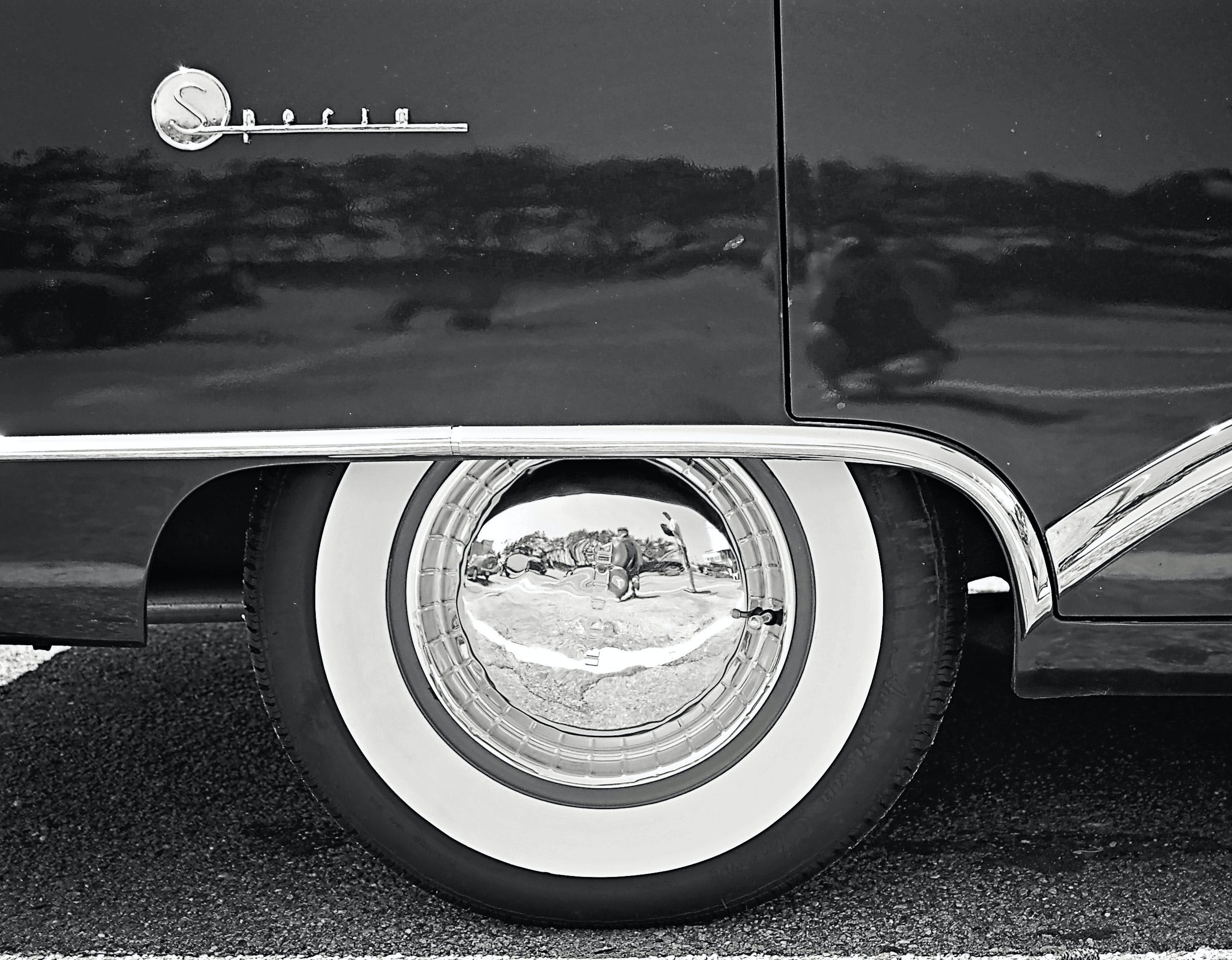 Black and White Car Wheel
