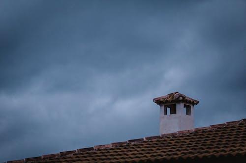 城市, 天空, 太陽, 屋頂 的 免費圖庫相片