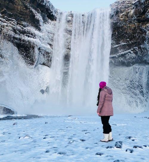 Ilmainen kuvapankkikuva tunnisteilla flunssa, henkilö, jää, kallio