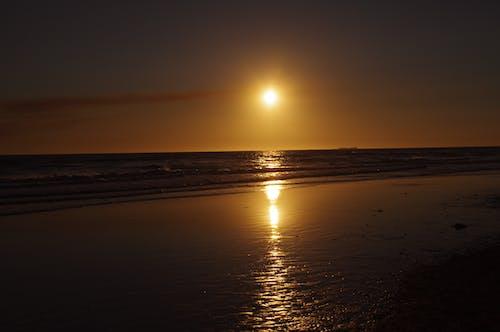Δωρεάν στοκ φωτογραφιών με ακτή, Ανατολή ηλίου, αντανάκλαση, δύση του ηλίου