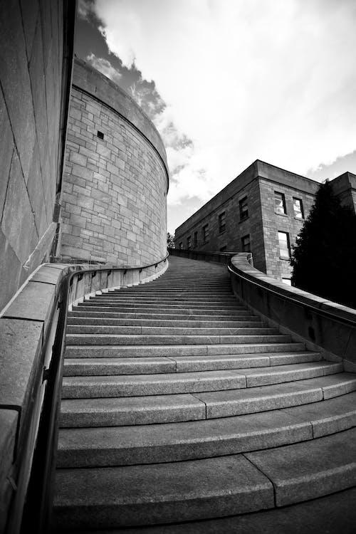 architektura, czarno-biały, klatka schodowa