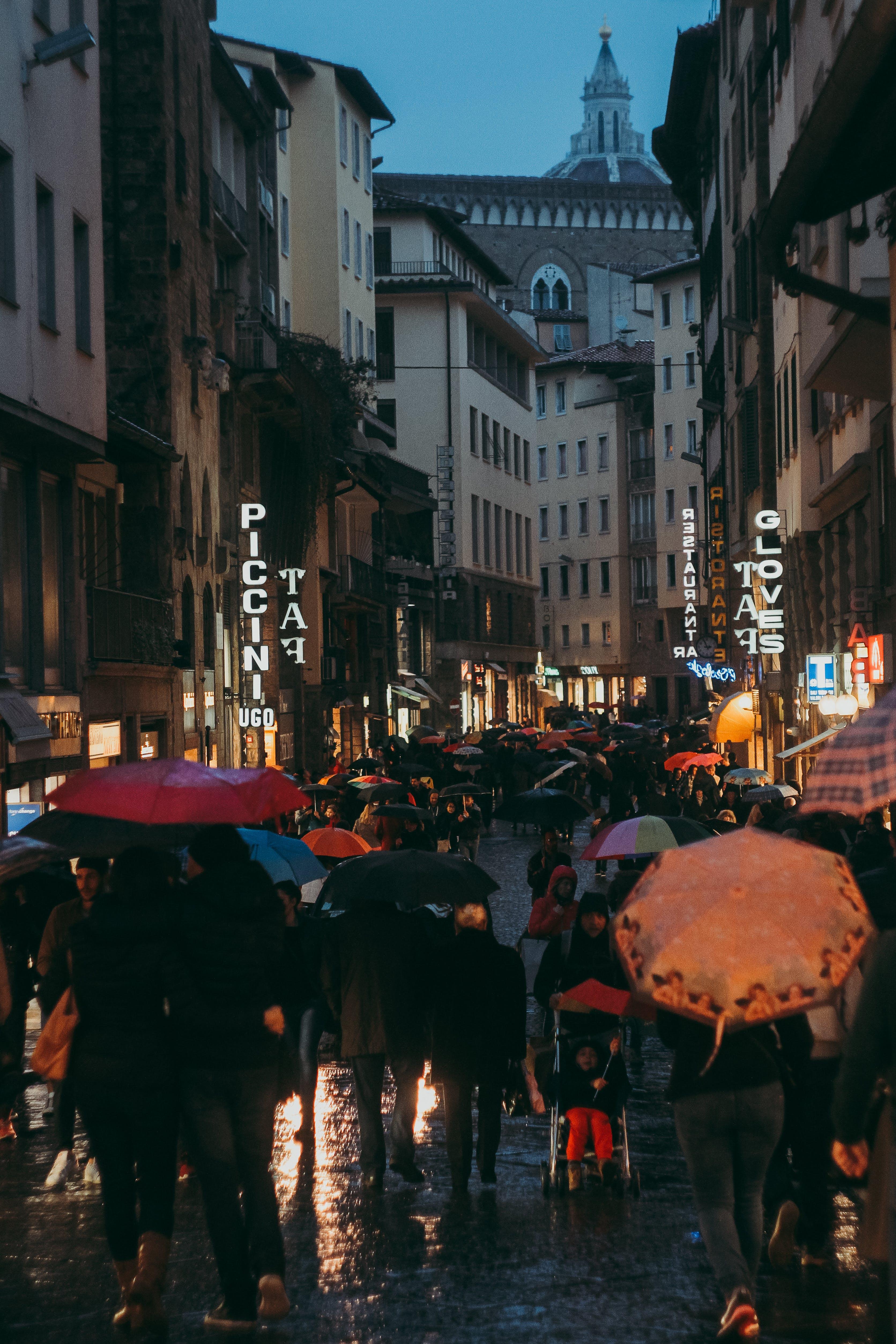 Kostenloses Stock Foto zu abend, florenz, italien, menschen
