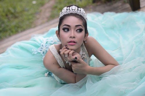 Gratis lagerfoto af glamour, krone, makeup, mode