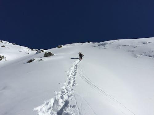 クライミング, 冬, 山岳, 登山者の無料の写真素材