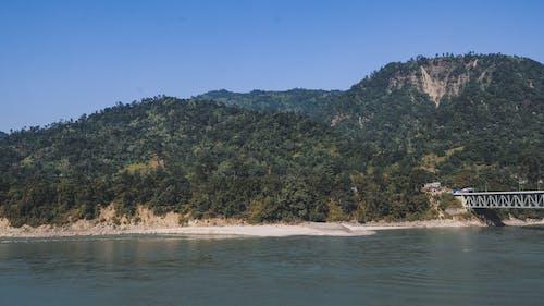 คลังภาพถ่ายฟรี ของ ภูเขาสีเขียว