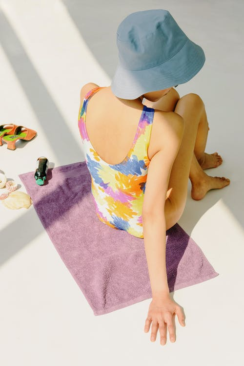 Kostenloses Stock Foto zu badeanzug, badebekleidung, bunt