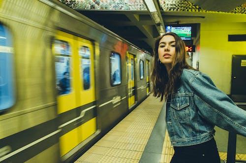 Fotos de stock gratuitas de andén de metro, calle, estación de metro, maqueta