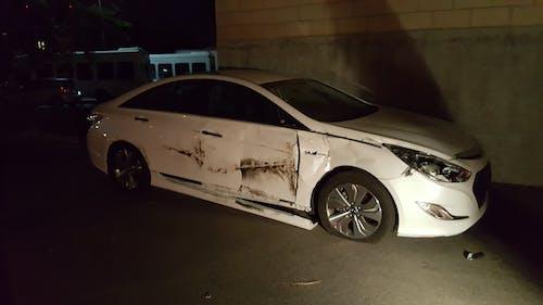 kia, 乗客の損傷, 墜落した車, 横スワイプの無料の写真素材