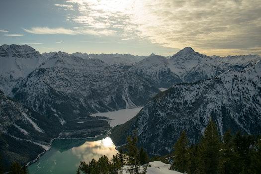 Kostenloses Stock Foto zu kalt, schnee, landschaft, berge